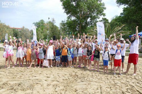 Na Rajskoj plaži u Loparu svečano otvoren 7. Festival skulpture u pijesku