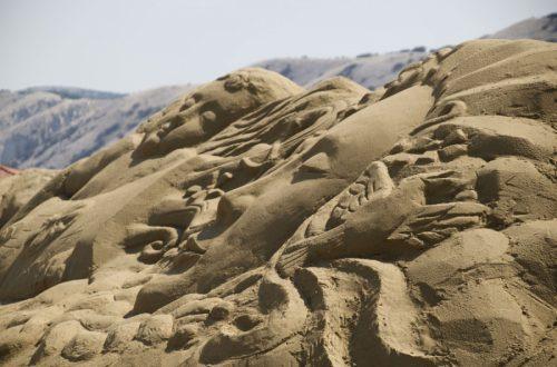 Božica Lada zasjela na tron 9. Festivala skulptura u pijesku na Rajskoj plaži